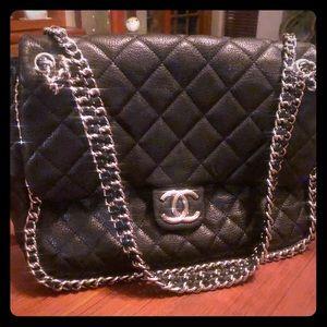 Around chain Chanel Maxi Flap Bag